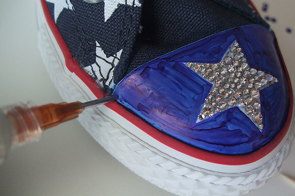 e6000 to add crystals to converse toe 5a87364b41c3