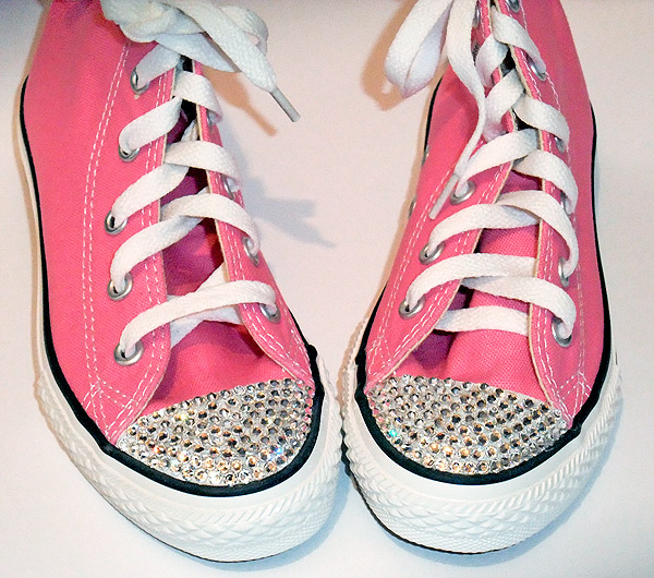 30 DIY Ways To Jazz Up Your Converse Sneakers 9518e33518a1